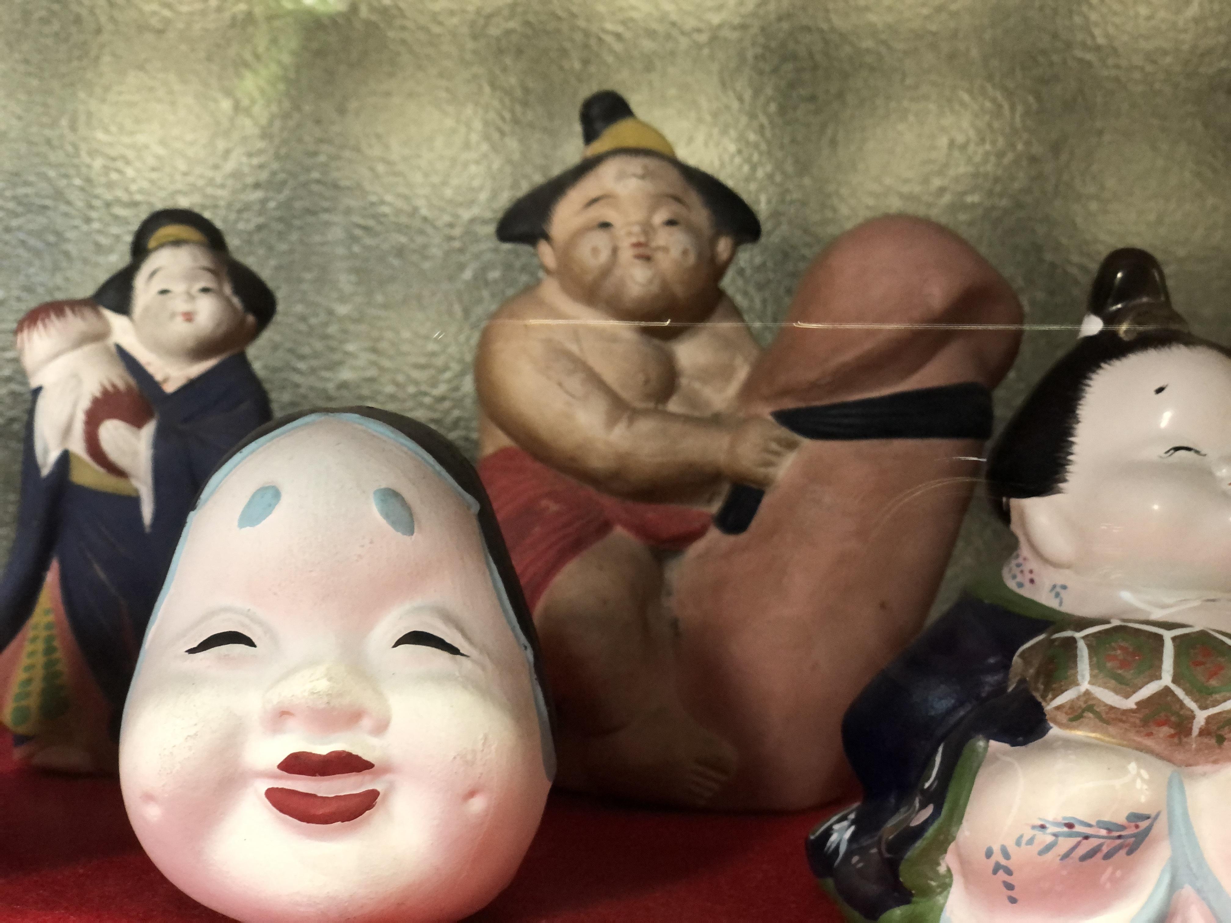【おかめ人形】